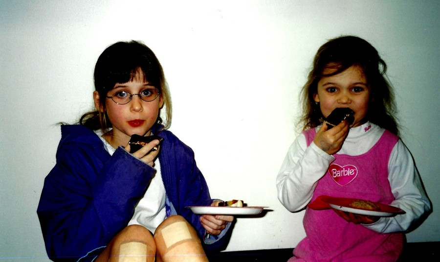Library 2001 Chocolate Contest judged by Gerry Frank - Leah,Kaylin Bierly, choc. tasting