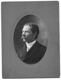 Reinert Hetlesater, MD