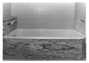 Schanen-Zolling marble bathtub (side)