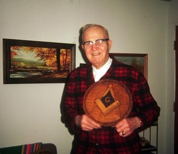 Bob Randall and Masonic emblem
