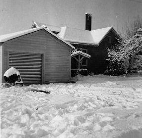 Vintage photo of Dickson home