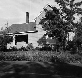 Vintage photo of Dickson home