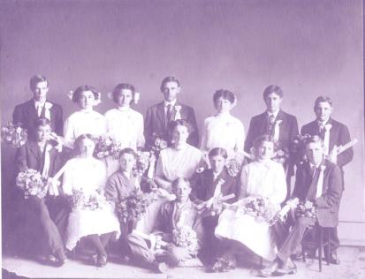 1916 Garden Home School graduates