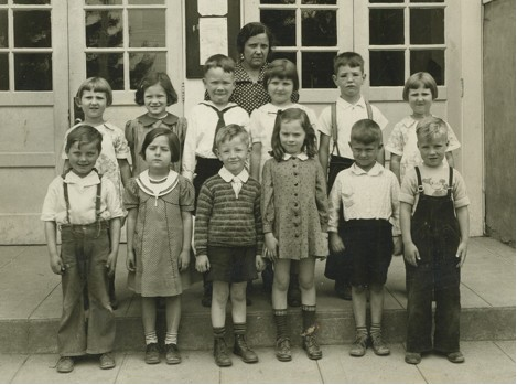 Garden Home School, First Grade 1938: (Teacher: not known); Back Row: Zora Becvar, Julia, Bruce, Barbara, Victor Blust, Sharka Becvar; Front Row: Jack Knutson, Celia Canfield, Don, Nancy Kamrar, George Mayness, Sheldon Aiken