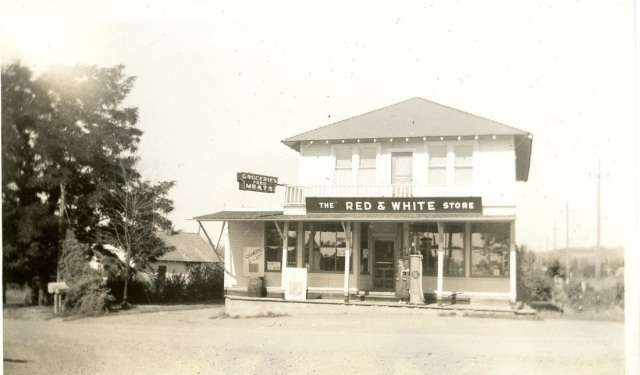 Greenburg Red and White store