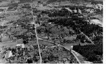 1956 aerial photo, view from Multnomah Blvd looking west. Courtesy Otto Arndt