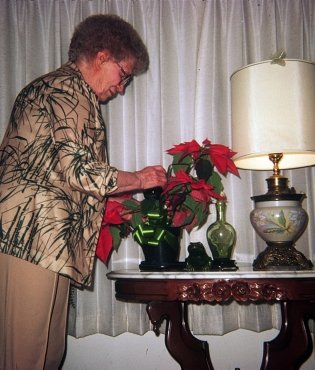 Theresa Williams and flowers