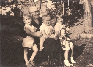 Grandma Magdelana and Arnold, Richard and Madeline Von Bergen