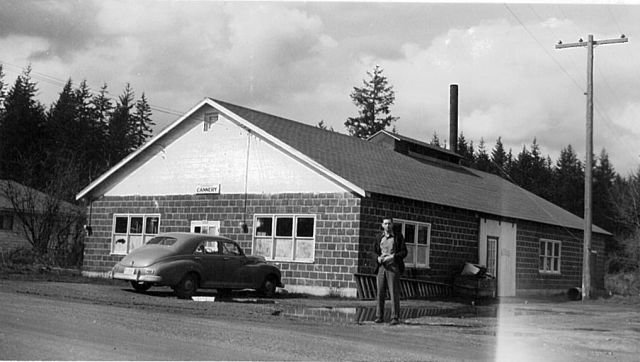 Whitney's Cannery, 1950, Mark Whitney in foreground