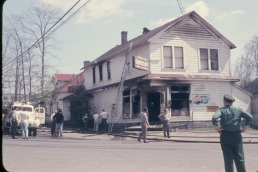 1956, Fire burns grocery store