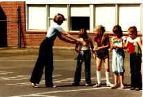 1982 Final day of Garden Home School - te in long pants, girls