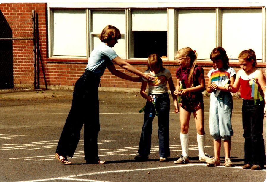 1982 Final day of Garden Home School - te in long pants, girls