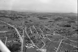 Beaverton - 1950 from the W