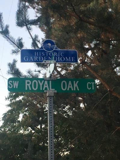SW Royal Oak Ct sign