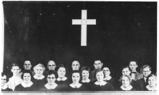 Community Church 1950 - choir and lighted cross