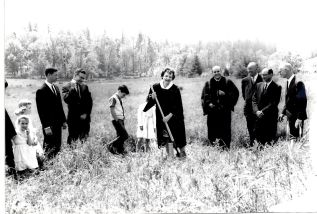 Community Church - Ground breaking for new parsonage on SW 81st, fr. Donna Arndt