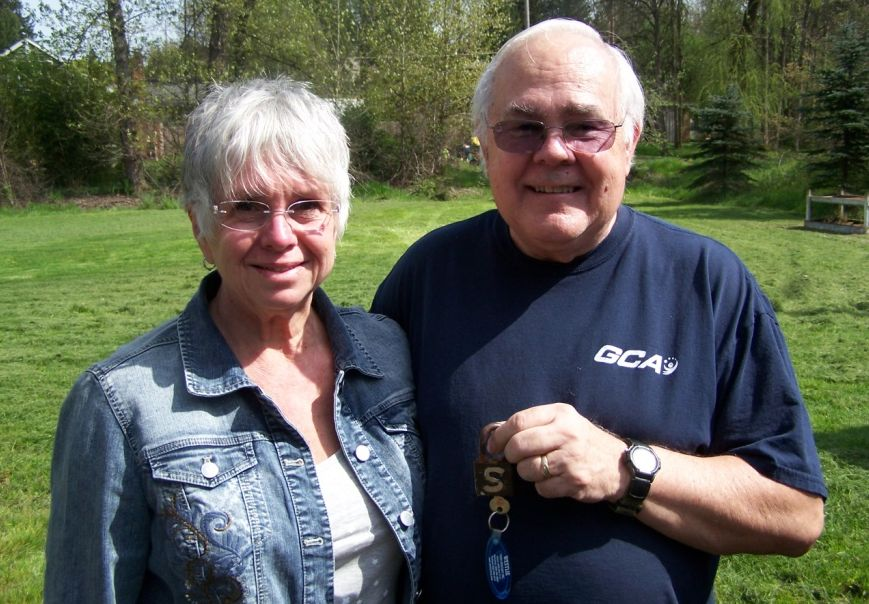 Barry and Jeanne Steele with padlock welded with G S for Glenn Steele