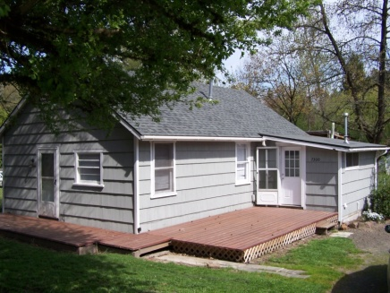 Glenn and Isolda Steele's home