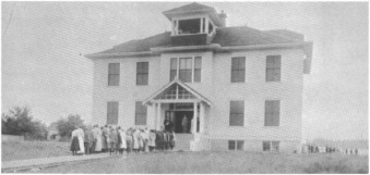BHS 1910 building, before 1923 addition