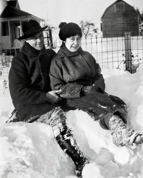 Melvin, Violet Ady Replogle in snow, 1920s