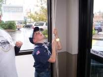 2016-bell-ringing-scout-ringing-bell