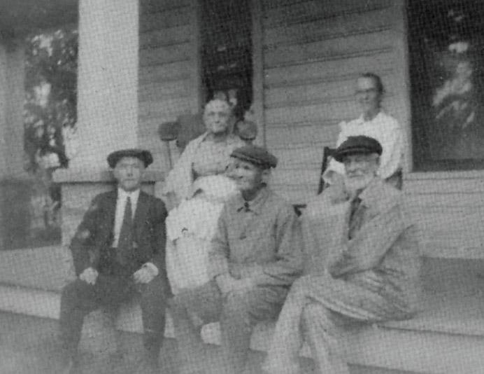 Chas. Jocobs, Emily E. Hills, E. E. Beebe, Alice A. Beebe, T. E. Hills, Oct 5, 1922 in Garden Home