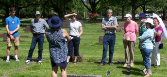 Tour guide Susan Houseman - 2017 cemetery tour - Crescent Grove