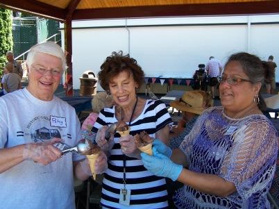 Ice cream scoopers and organizers - Patsy VandeVenter, Carole Vranizan, Susan Houseman