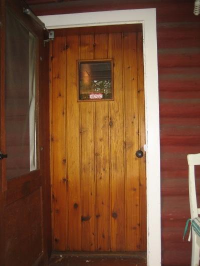 8550 SW Garden Home Rd - Stefanicgrimsbo log cabin - front door