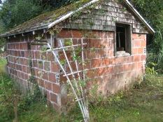 8550 SW Garden Home Rd - Stefanicgrimsbo log cabin - pump house