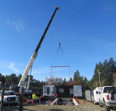 Black Rock Coffee building being installed by crane, Dec 2017