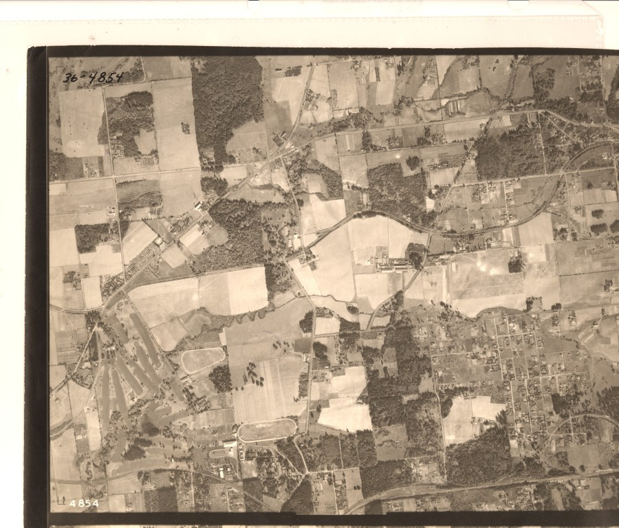 Portland Golf Club to SW Maplewood Ave and Alpenrose Dairy - 1936 Army Corps of Engineers aerial photo