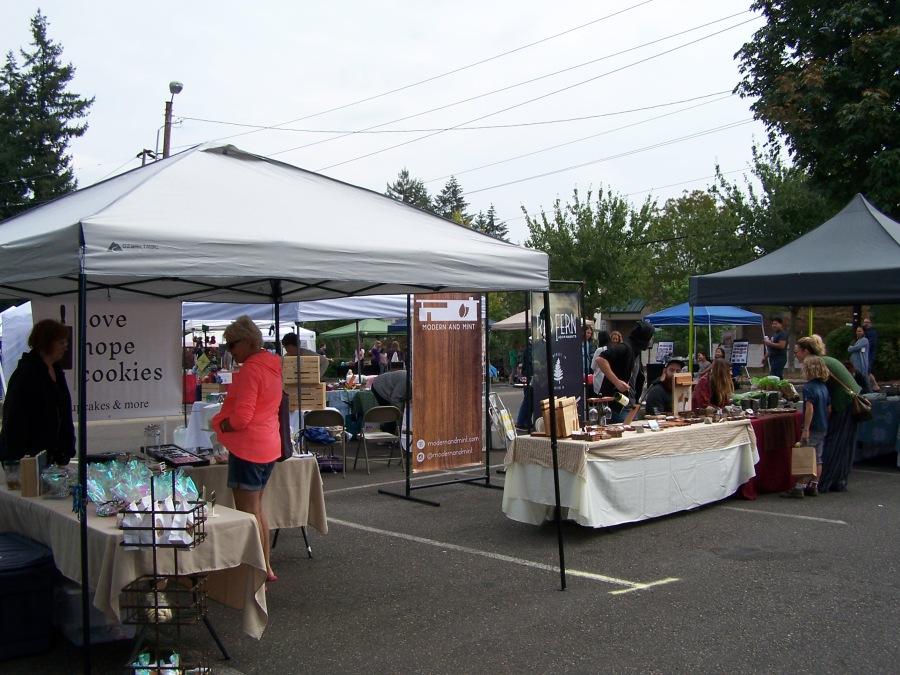 2018-08-25 Mini-Market - Vendors