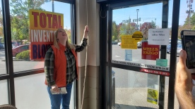 2019 Bell Ringing - Ringing the bell