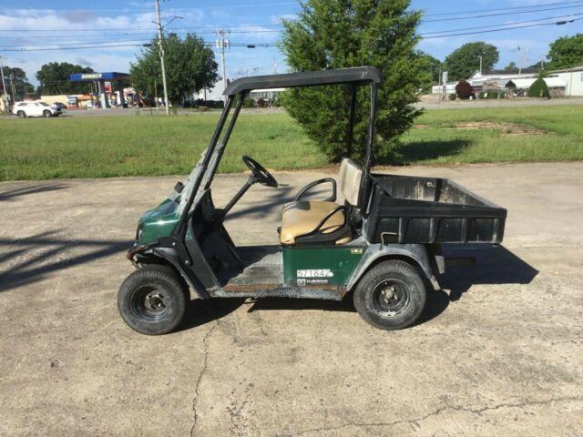 Cushman cart - Portland Golf Club