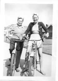 1937 Blosick family - Mrs. Blosick and daughter Julie