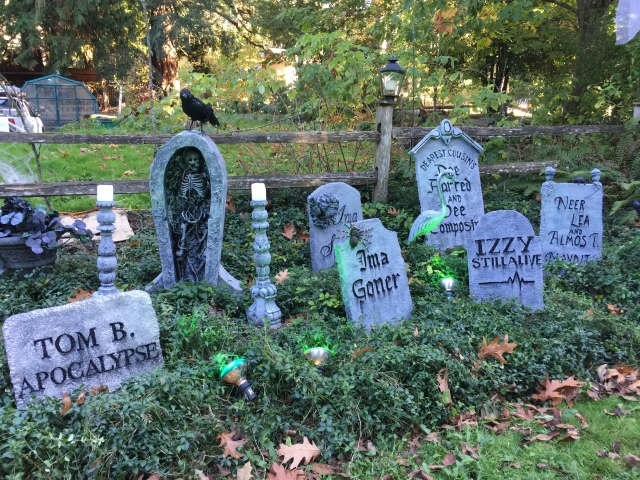 2020 Halloween tombstones - Kirstin Lurtz on SW 82nd Ave