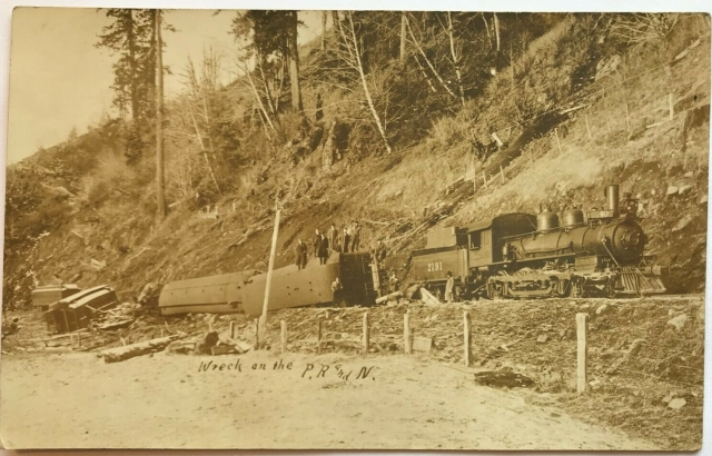 1913 train wreck postcard - front